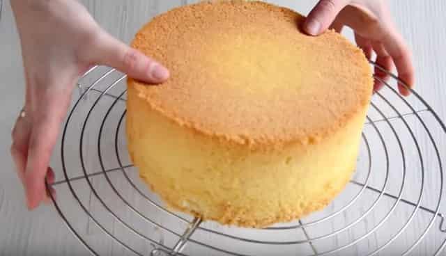 Очень вкусный бисквитный торт – простой рецепт приготовления