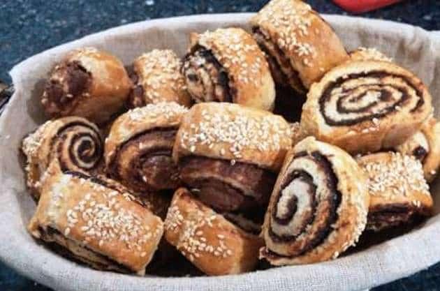 Печенье рулетики с орехами