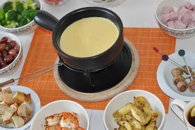 Сырное фондю по-итальянски