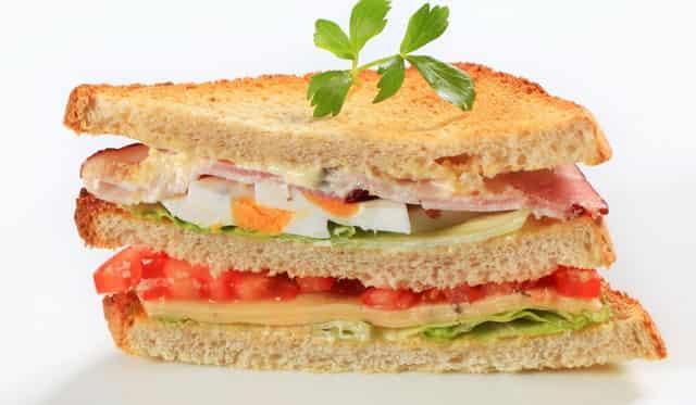 Быстрый завтрак - Аппетитные горячие сэндвичи
