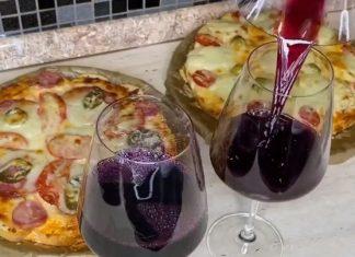 Пицца на скорую руку из багета в духовке