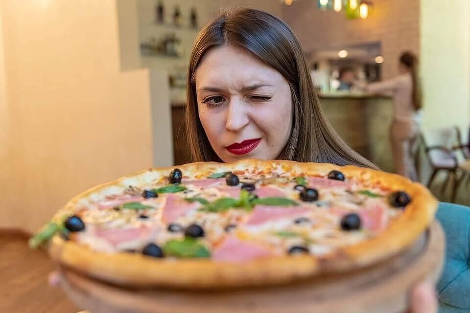 Современная доставка роллов, суши, пиццы, вок